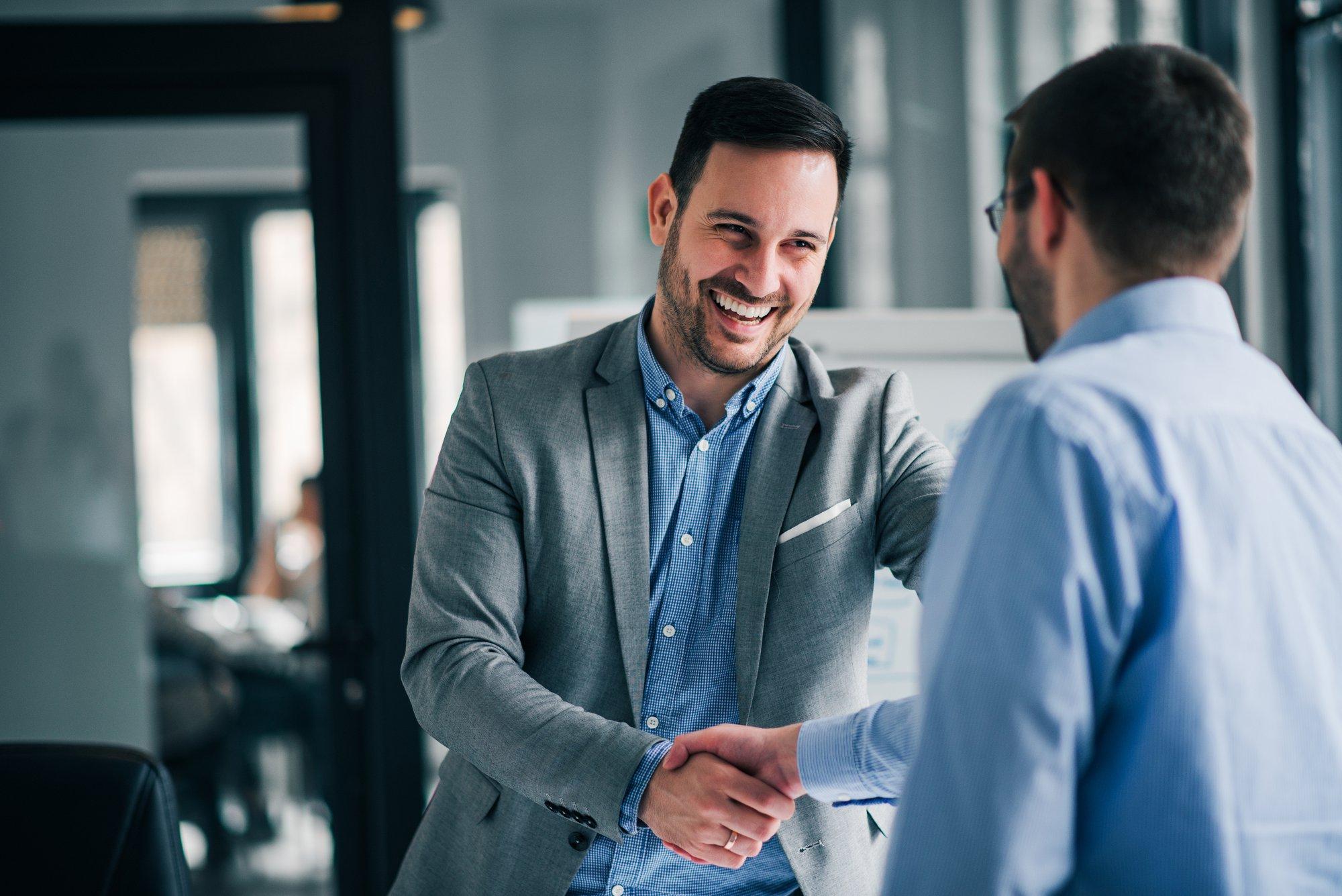 Cinq compétences indispensables pour parrainer un nouveau collaborateur dans votre entreprise