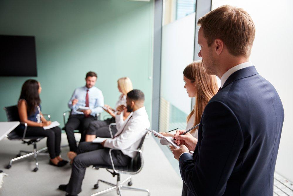 Met welke uitdagingen moet een assessor afrekenen?