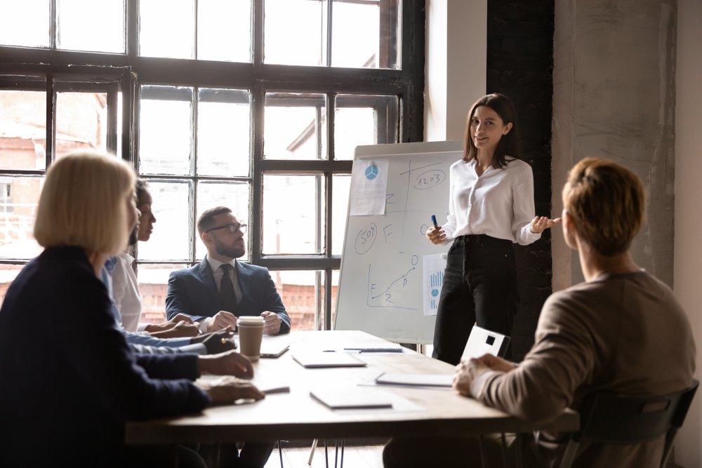 Haal als communicatieadviseur de strateeg in je naar boven