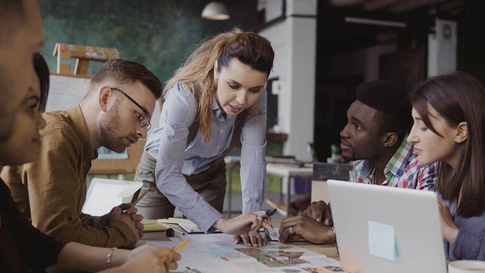 Servant leadership en zelfsturende teams: het nieuwe normaal?