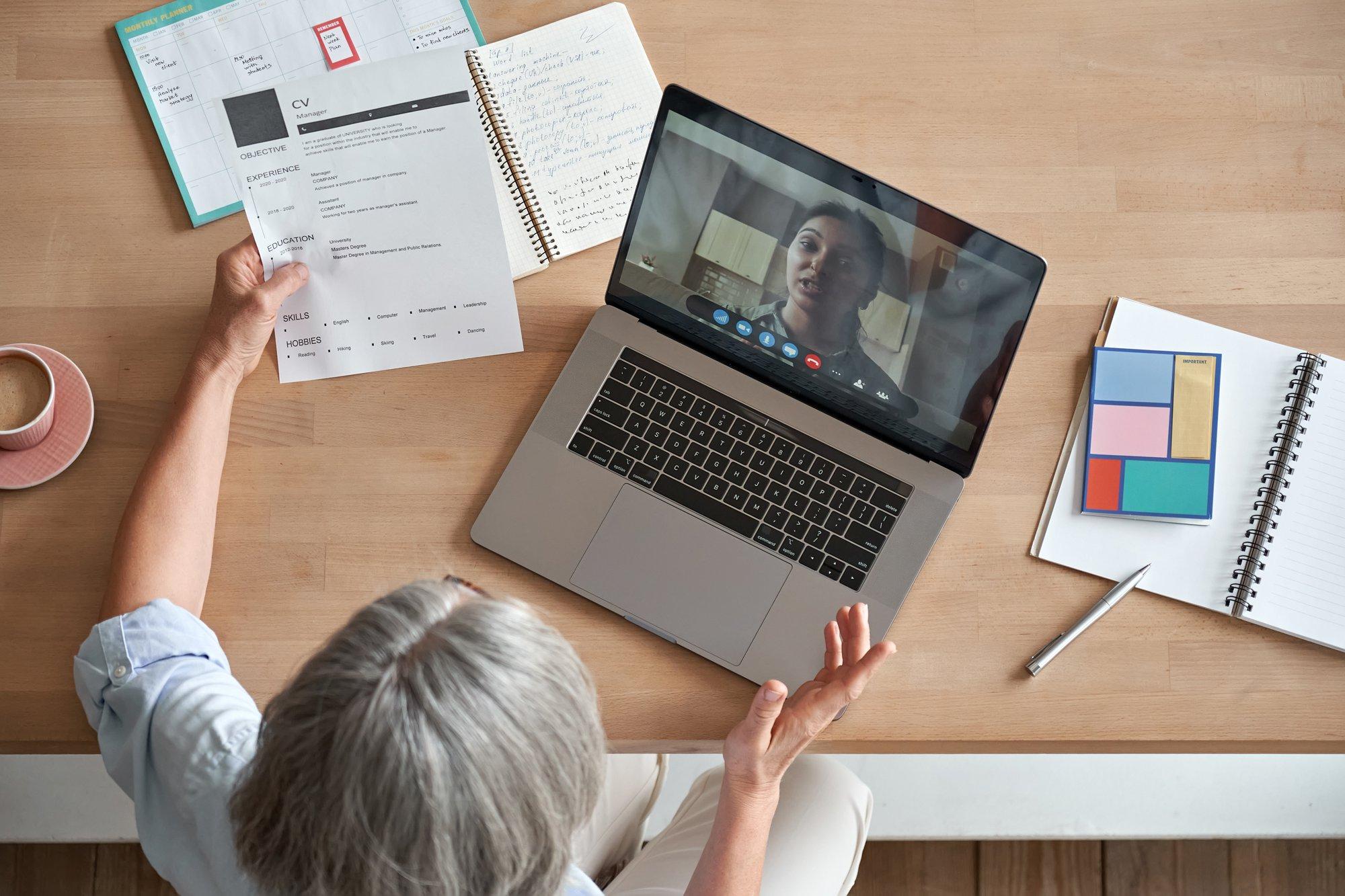 Recrutement par le biais d'entretiens vidéo : plus d'avantages que d'inconvénients